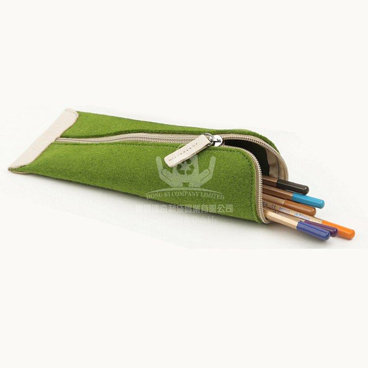 <b>FEP265 新款文具收納袋 毛氈布筆袋 定制尺寸和L</b>